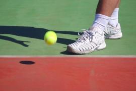 La Guardia Civil relaciona a 28 tenistas con una trama de apuestas