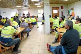 Los trabajadores de Cemex se mantienen vigilantes
