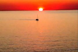 Sol navegando (Sa Foradada, Deià)