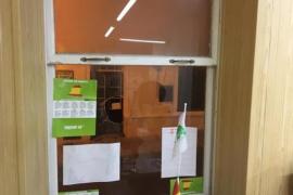 Vox clausura temporalmente su sede en Maó