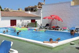 La Audiencia permite a los dueños de aparcamientos acceder a la piscina de la finca