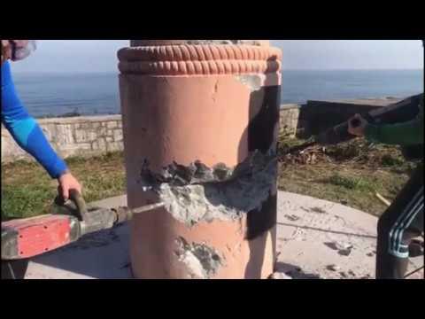 Derriban por la fuerza en Ondarroa un monumento al crucero Baleares