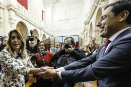 Moreno, investido presidente de la Junta de Andalucía en primera votación
