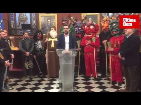 El alcalde de Palma recibe a los 'caparrots' de Son Ferriol