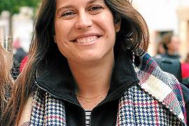 Una profesora pierde una plaza en Menorca al no poder viajar por su embarazo