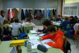 Los alumnos de Primaria mejoran sus notas y desbancan a los de Menorca en Inglés y Matemáticas