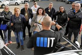 Los taxistas de Palma aprenden a defenderse de los asaltantes