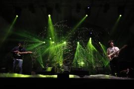 El pop rock conquista la plaza de Tortugas