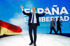 Aznar, Cospedal, Aguirre y Pizarro arropan a Casado en el cierre de la Convención