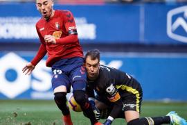 El Mallorca vuelve a ofrecer su peor cara como visitante en El Sadar (2-0)
