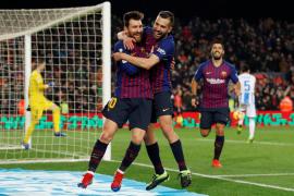 Messi decide en la primera gran noche de Dembélé