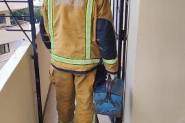 Rescatan a un anciano con hipotermia en su casa de Cala Major