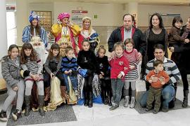 Visita de los Reyes Magos a los hospitales