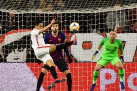 El Barcelona naufraga sin Messi y el Sevilla logra una buena renta