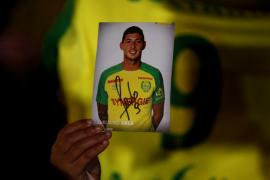 Suspenden la búsqueda del futbolista Emiliano Sala