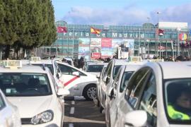 Madrid acuerda regular la precontratación de VTC en función de la distancia con el cliente