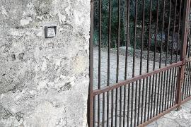 Siete años después, la carretera vieja de Lluc sigue cerrada