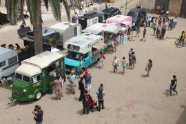 El Parlament balear aprueba la Ley de Actividades que regula, entre otros, el 'co-working' y las 'food-trucks'