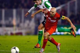 El Mirandés elimina al Racing y sigue con su sueño de la Copa del Rey (1-1)
