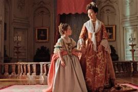 Proyección benéfica de la película 'Cambio de reinas' en la Sala Augusta de Palma
