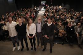Los retos del ciclismo, a debate en el Teatre Catalina Valls