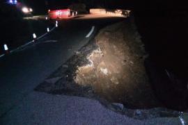 El mal tiempo provoca la caída de un muro de contención en la carretera Caimari-Lluc