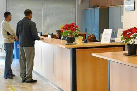 El Ajuntament detecta problemas en el control horario de los funcionarios
