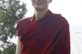 «Sería muy beneficioso que los colegios enseñasen meditación»