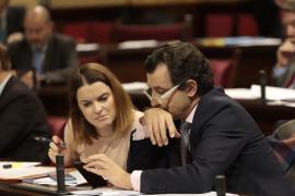 El Parlament insta al Gobierno, sin el voto del PSIB, a retirar los presupuestos