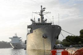 Un buque de la Armada repele un ataque en el Índico y detiene a seis piratas