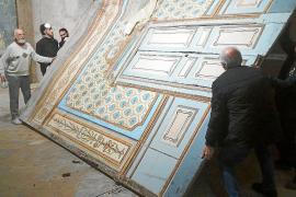 El Teatro Defensora de Sóller escondía 70 piezas de valor artístico