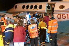 Primer traslado nacional aéreo de un paciente de Ibiza con un pulmón artificial