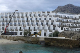 El GOB reitera la necesidad de demoler el Hotel Don Pedro