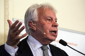 Felipe González rechaza el relator