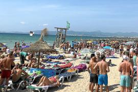La caída de la demanda turística retrasará el inicio de la temporada un mes y medio