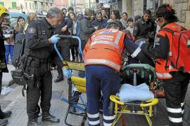 Una mujer de 84 años sufre quemaduras al arder su batín cuando cocinaba en Palma