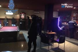 Dos detenidos en Palma en un dispositivo contra el menudeo en locales de ocio