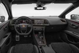 El nuevo SEAT León ST CUPRA R tiene un completo equipamiento de serie