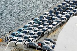 El organismo que vigila la libre competencia rechaza la prohibición de nuevos coches diésel