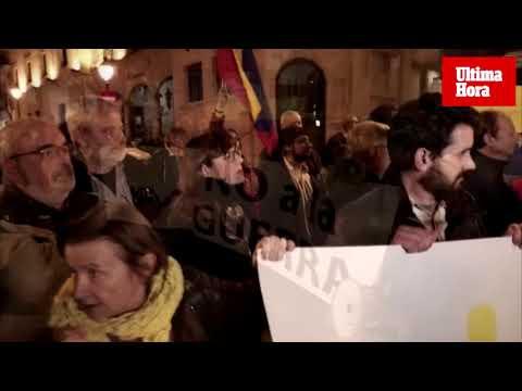 Unas 50 personas se concentran en Palma contra el «golpe de estado» en Venezuela