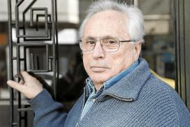 Guillem Frontera: «Mi próximo libro no es moralmente apto hasta los 35 años»