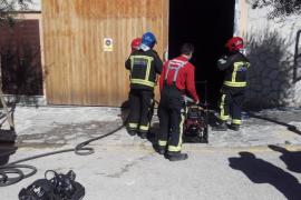 Extinguido un incendio en el almacén municipal de Valldemossa