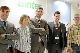 Binter estrecha los lazos entre Baleares y Canarias