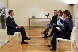 Zapatero: «Gracias a la subida del IVA se podrá pagar el paro a 500.000 personas»