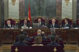 El tribunal permite responder en catalán «por razones emocionales»