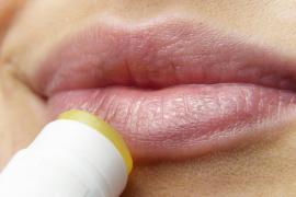 La OCU detecta sustancias potencialmente cancerígenas en bálsamos infantiles