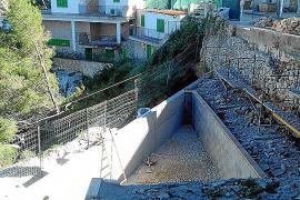 Vecinos de Cala Figuera denuncian la construcción de una piscina sobre las rocas