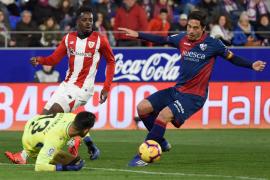 El Athletic suma tres puntos de oro y frena la remontada del Huesca