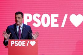 Sánchez arranca una campaña con corazones para «La España que queremos»