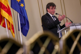 Puigdemont replica a Felipe VI: «Franco respetó la ley al designar a su padre»